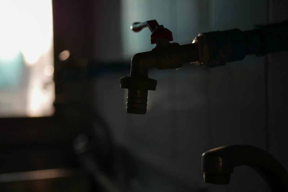 Is tap water safe to drink? Inveest in a water distiller instead
